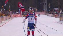 Sieg für Johannes Thingnes Bö, Schlussläufer der Norweger